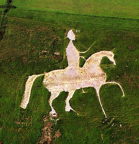 white horse-osmington-hill figure King George England chalk art