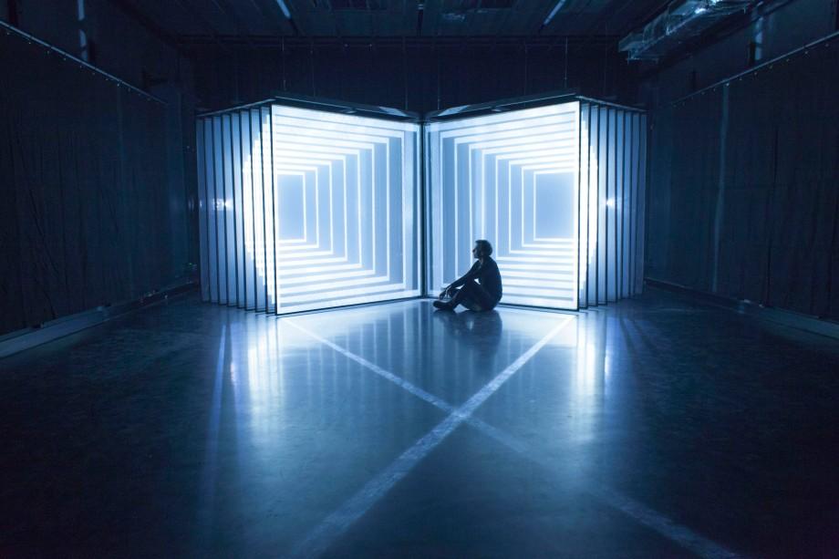 NONOTAK light art paris daydream
