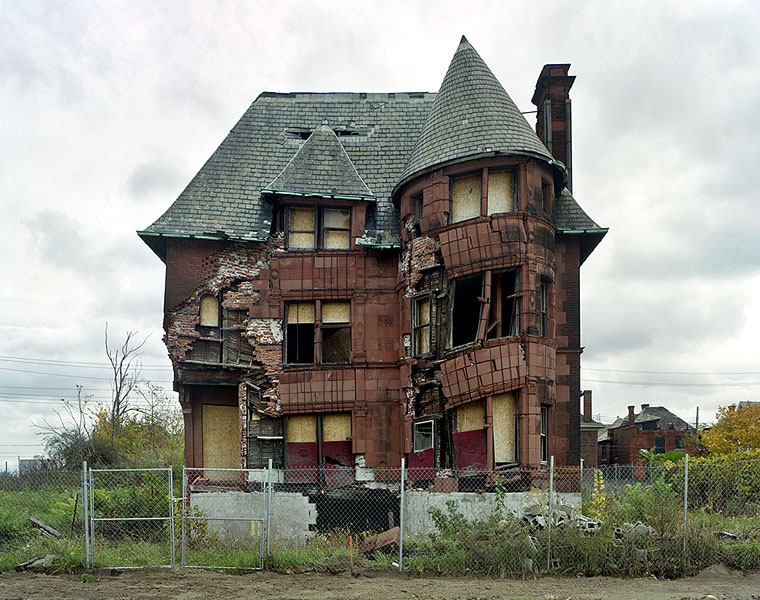 yves marchand romain meffre william livingstone house detroit michigan ruins photography